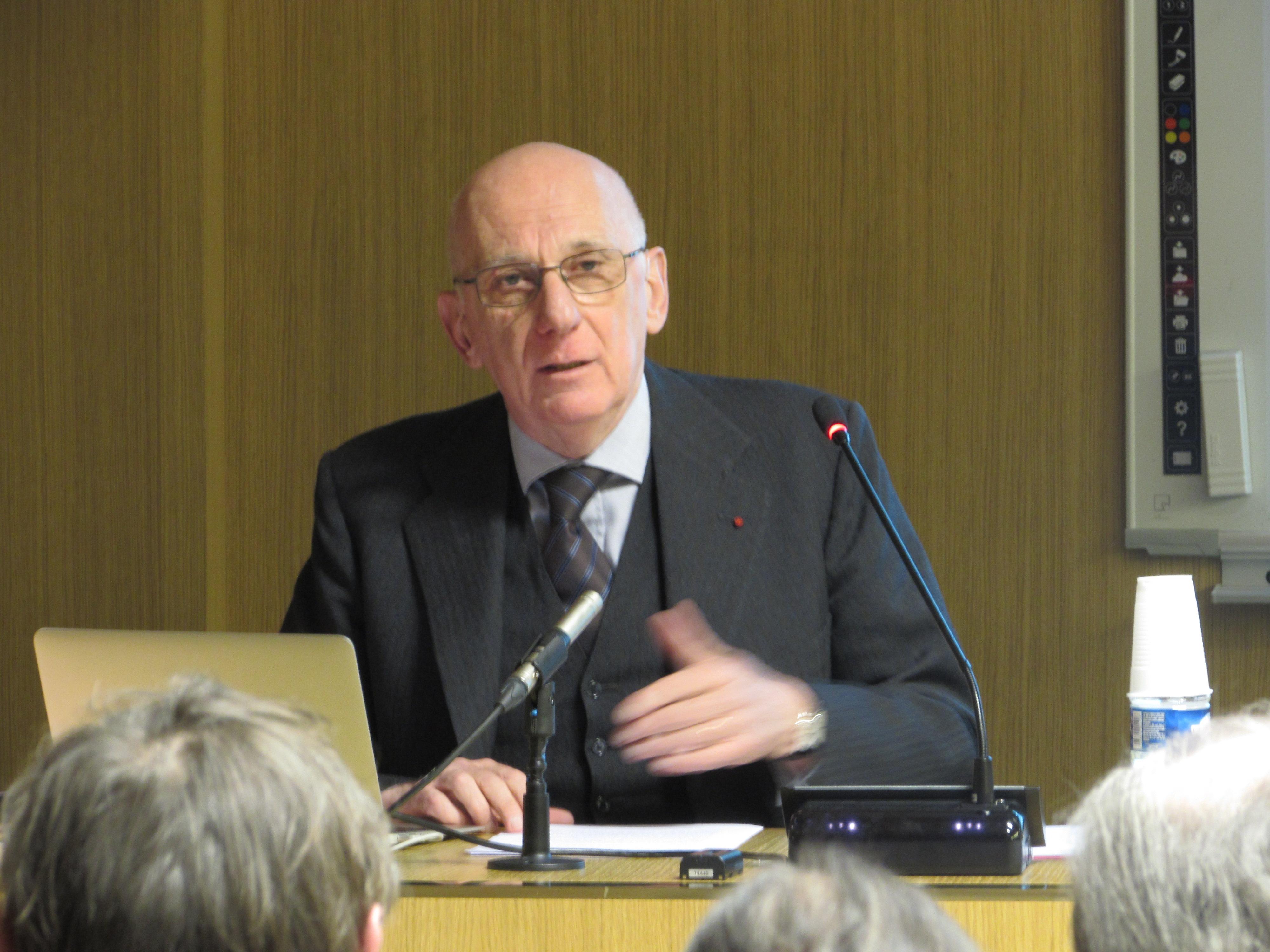 Conférence de Michel Zink sur «La nouveauté au Moyen Âge comme expérience religieuse et poétique»