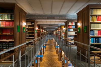 Magasins de la bibliothèque de l'École des chartes