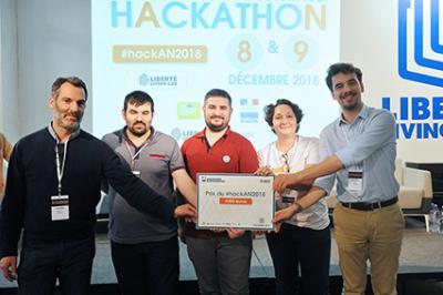 L'équipe «Un minute ago» lauréate du hackathon
