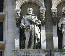 Pierre de L'Estoile, statue de l'Hôtel de ville de Paris