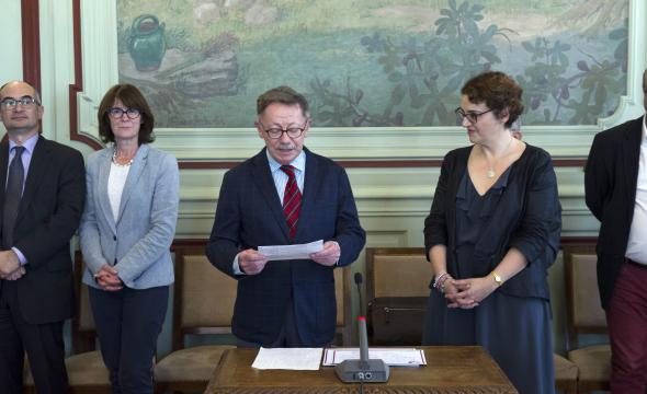 M. Jean-Marc Léri décerne le prix Auguste-Molinier