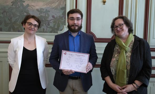 Marie-Françoise Limon-Bonnet remet le prix Auguste-Molinier à Paul Bastier