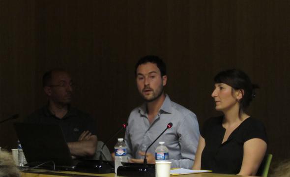 François Mirambet (C2RMF), Bastien Dubuis (Inrap) et Émilie Millet (Inrap)