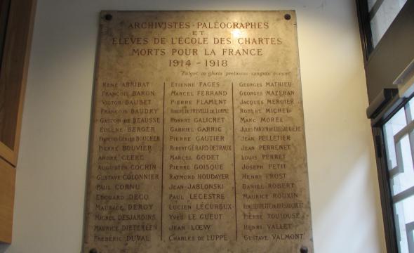 Plaque commemorative des archivistes paléographe et élèves de l'École mort pour la France en 1914-1918