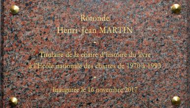 Plaque en l'honneur de Henri-Jean Martin (1924-2007), archiviste paléographe et éminent historien du livre